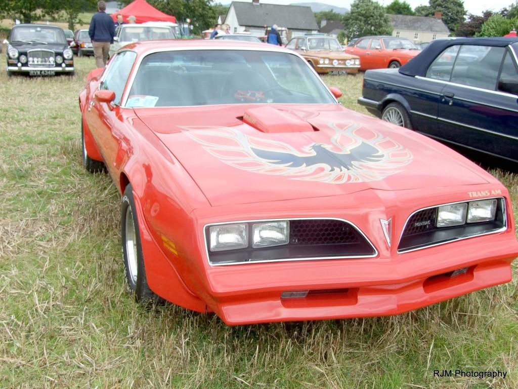 76-12-11-9-16-knockbridge-car-show-mustang