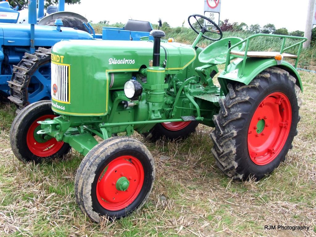 84-13-knockbridge-show-11-9-2016-tractors-fendt-dieselross-no-cab-001
